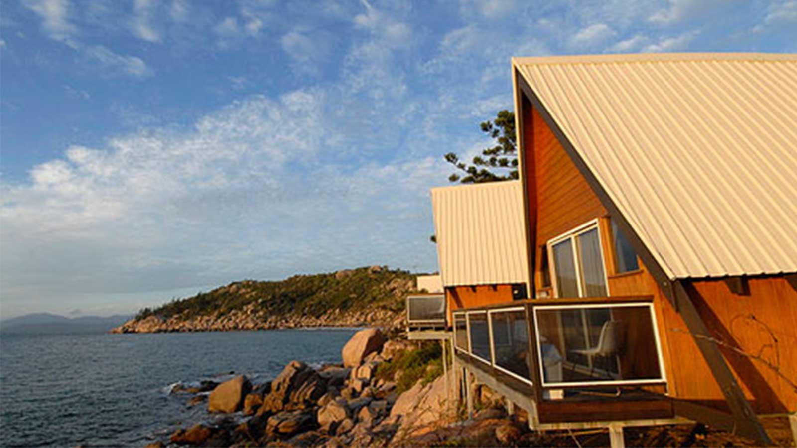 Accommodation overlooking the ocean