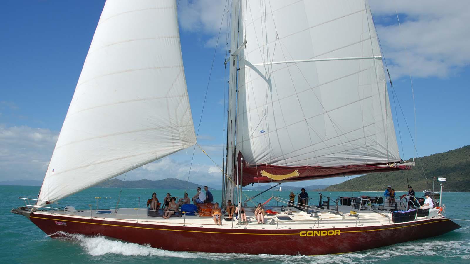 Maxi Ship Sailing