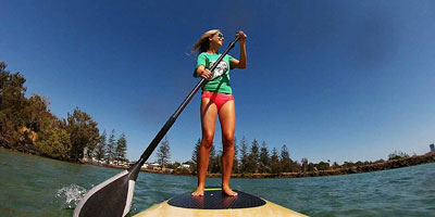 Single shot paddle boarder
