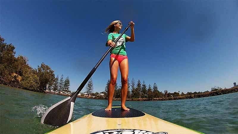 Single shot paddle boarder